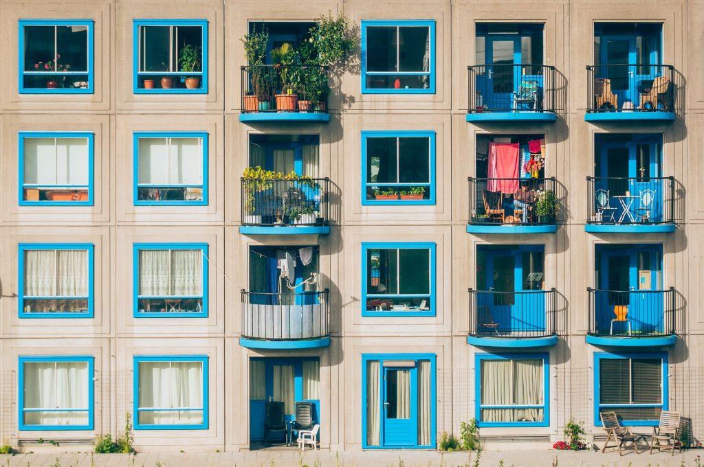 Comment créer un espace confortable et relaxant sur votre balcon