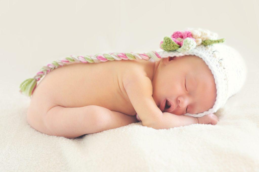 Conseils sur le sommeil du nouveau-né : les bonnes habitudes
